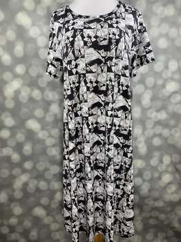 LuLaRoe Collection for Disney Carly (2XL)