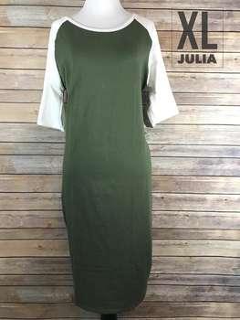 Julia (XL)