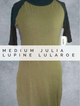 Julia (M)