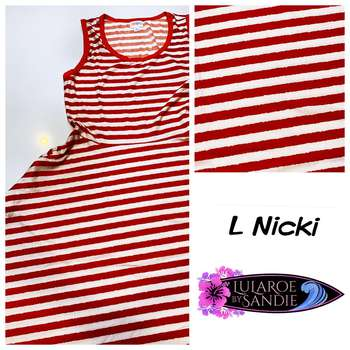 Nicki (L)
