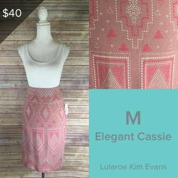 Elegant Cassie (M)