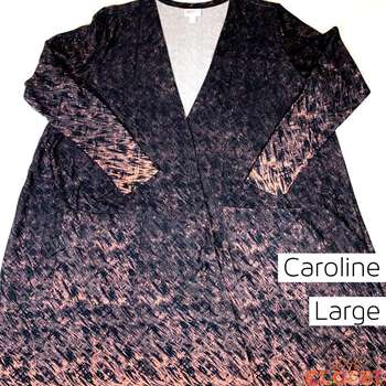 Caroline (L)